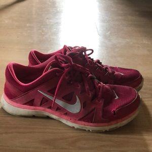 Pink Nikes size 9